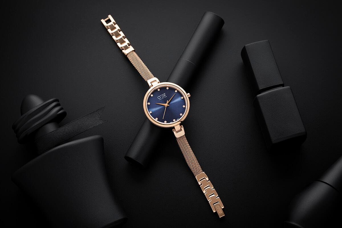 Crest Watch